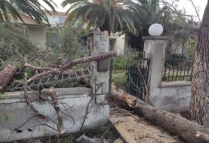 Εκτεταμένες ζημιές στη Λέσβο από την κακοκαιρία