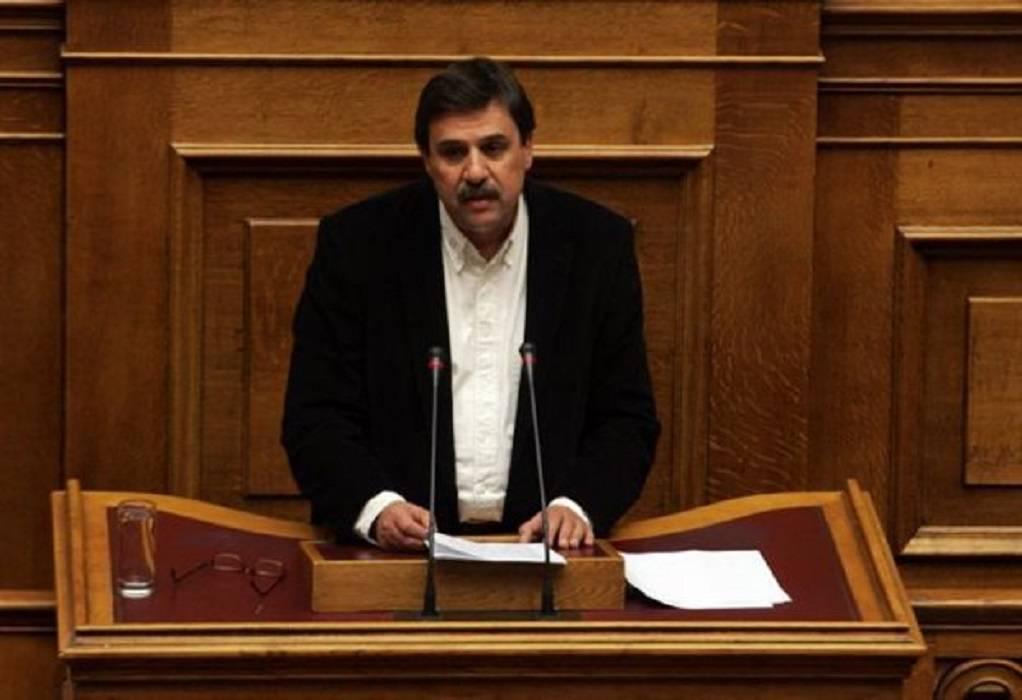 Αν. Ξανθός: Στη Βουλή το ζήτημα περί «επικοινωνιακής διαχείρισης της πανδημίας»