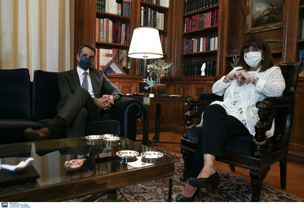 Τι συζήτησαν Σακελλαροπούλου – Μητσοτάκης στην συνάντηση τους