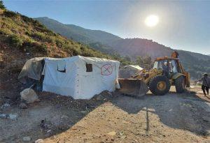 Σάμος: Απομακρύνονται σκηνές από το κέντρο φιλοξενίας