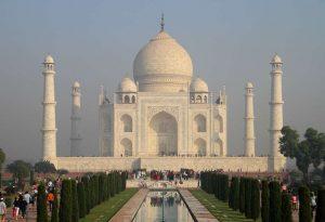 Ινδία-Covid-19: Ανοίγει το Ταζ Μαχάλ, παρά την άνοδο των κρουσμάτων