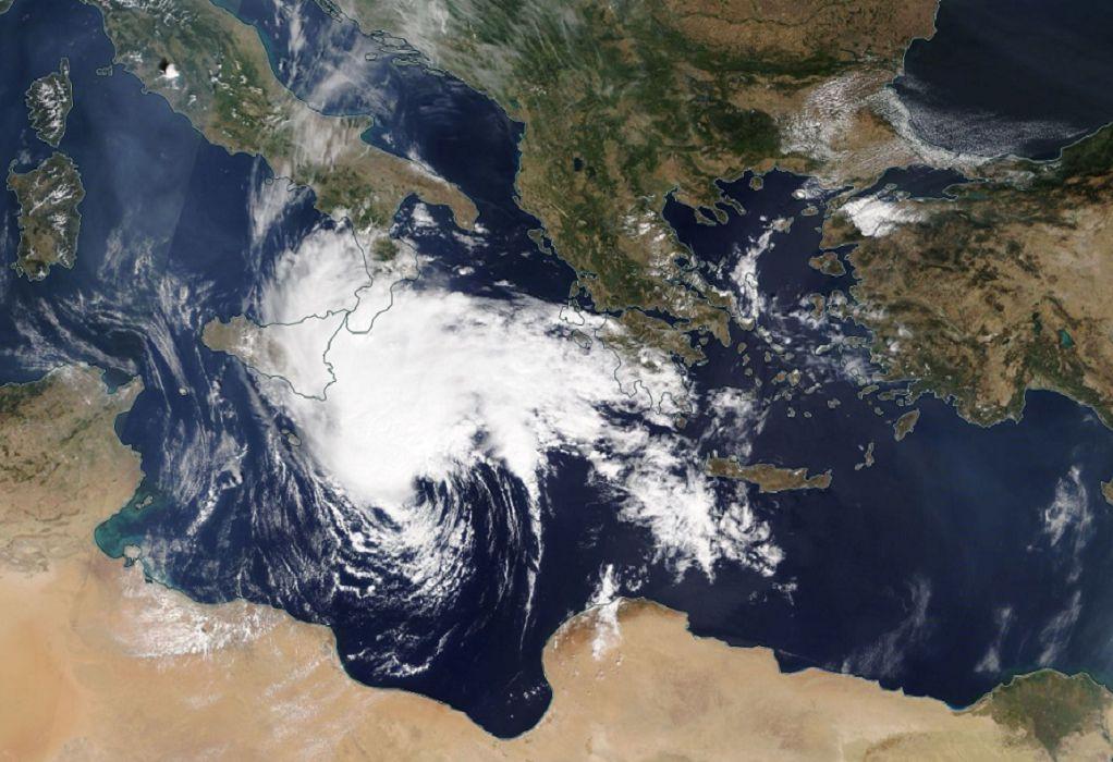 Η πιθανότερη τροχιά του μεσογειακού κυκλώνα «Ιανός» (Χάρτης)