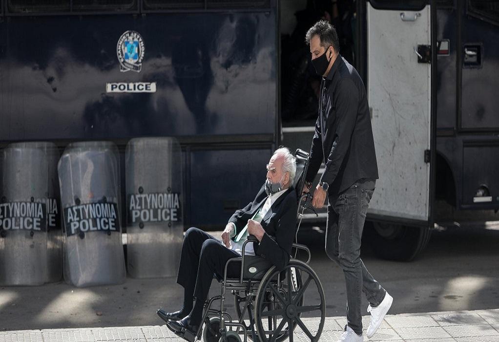 Στην Εισαγγελία του Αρείου Πάγου με καροτσάκι ο Τσοχατζόπουλος