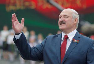 """Ελβετία: Η κυβέρνηση """"πάγωσε"""" τα περιουσιακά στοιχεία του Λουκασένκο"""