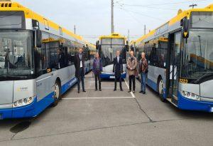 Παρουσία Ζέρβα η παραλαβή επιπλέον 13 λεωφορείων από τη Λειψία