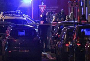 Συναγερμός στο Παρίσι: Ένοπλος σκότωσε πολίτη με μαχαίρι