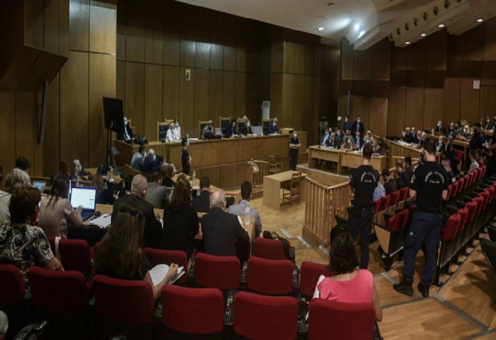 Συνεχίζεται η δίκη της ΧΑ για τις αναστολές με φόντο τη φυλακή