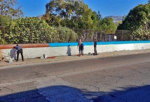 Καβάλα: Μετανάστες και εργαζόμενοι έβαψαν την εκκλησία της δομής