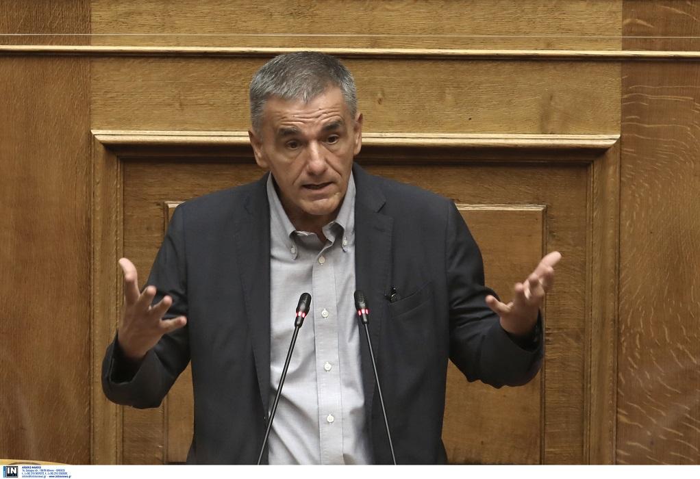 Τσακαλώτος: Και με τη βούλα της Eurostat είμαστε οι φτωχοί της Ευρώπης