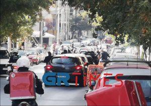 Θεσσαλονίκη: Μοτοπορεία από αναρχικούς για τις καταλήψεις