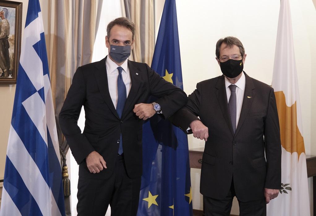 Τριμερής-Μητσοτάκης: Η Ευρώπη ξέρει ποιος είναι ο ταραχοποιός στη γειτονιά μας (VIDEO)