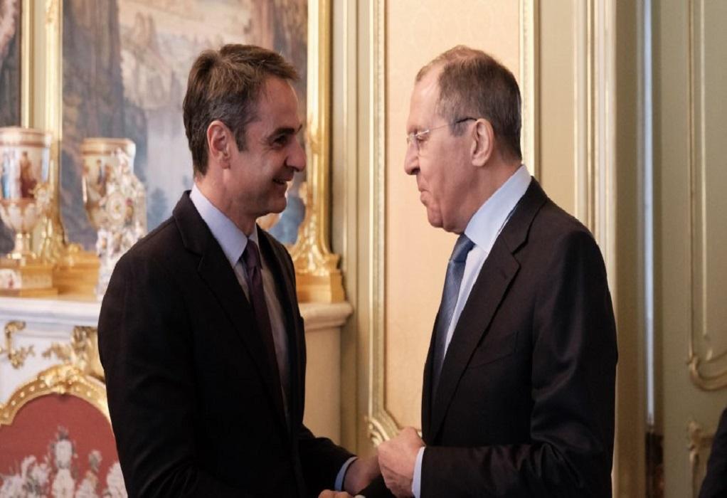 Συναντήσεις με Λαβρόφ – Ασκενάζι αύριο για Μητσοτάκη