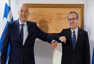 Συναντήθηκε στην Πρίστινα με τον πρωθυπουργό Χότι ο Δένδιας
