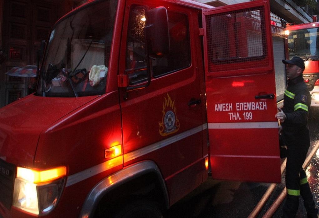Μεσολόγγι: Φωτιά σε τρία σπίτια στα Σταμνά