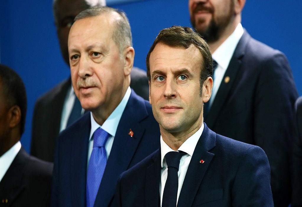 Τσαβούσογλου: Ερντογάν και Μακρόν ξαναρχίζουν τον διάλογο