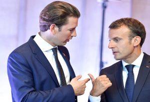 Αυστρία: Ο Κουρτς καταδικάζει τις ύβρεις Ερντογάν κατά του Μακρόν