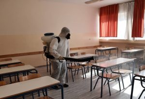 Σχολεία: Τα σενάρια για άνοιγμα πριν τις γιορτές