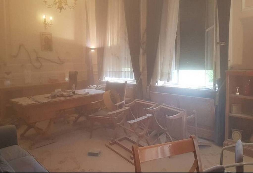Ταυτοποιήθηκαν 8 άτομα για την επίθεση στον πρύτανη της ΑΣΟΕΕ