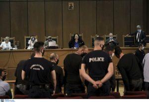 Δίκη ΧΑ: Πώς δόθηκε η «μάχη των ελαφρυντικών» από την υπεράσπιση
