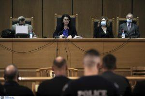 Δίκη ΧΑ: Ισόβια και 10 χρόνια για τον Ρουπακιά