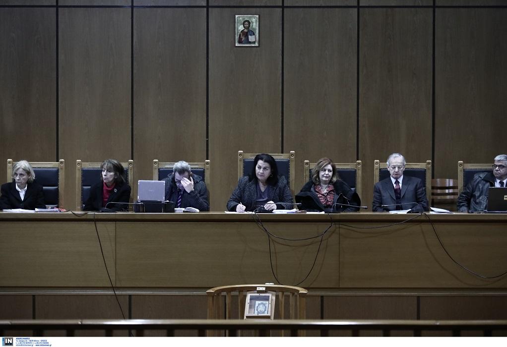 Ημέρα 0 στη δίκη της Χρυσής Αυγής: Οι κατηγορούμενοι και οι κατηγορίες