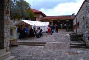Πρέβεζα: 15 κρούσματα κορωνοϊού σε δομή προσφύγων