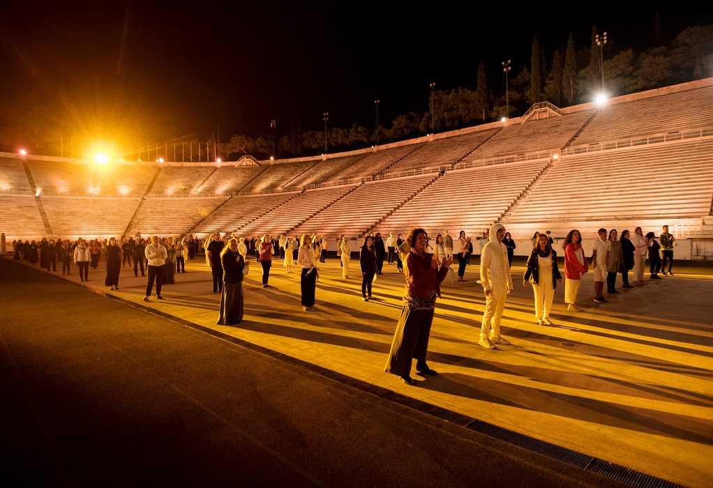 «Ελλάδα 2021» : «Ας κρατήσουν οι χοροί» (VIDEO)