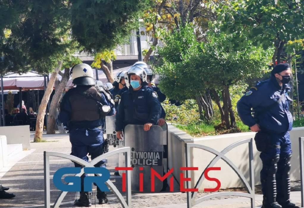 Θεσσαλονίκη: Προσαγωγές και μηνύσεις για απόπειρα παρέλασης