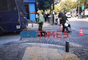 Θεσ/νίκη: Επεισόδια στην Ηλιούπολη- Τραυματίστηκε αστυνομικός (ΦΩΤΟ)