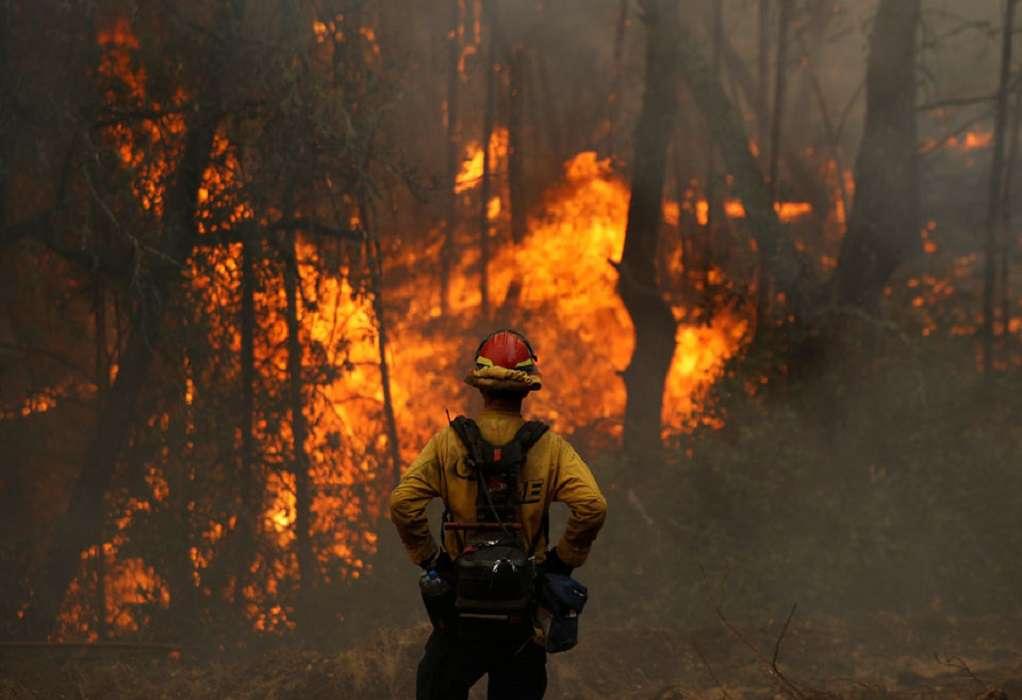 Καλιφόρνια: Πάνω από 16 εκατ. στρέμματα καμένης γης