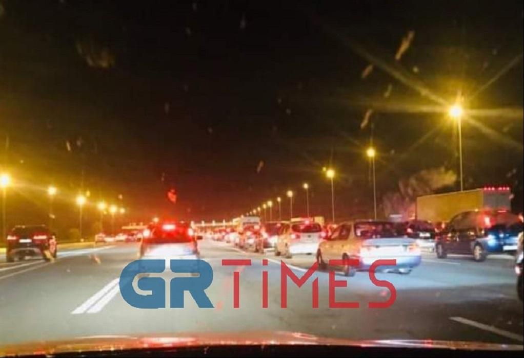 """Επιστροφή: """"Στο περίμενε"""" στα διόδια Αιγινίου και Μαλγάρων"""
