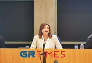 Νοτοπούλου: Στη μιζέρια του παρελθόντος η Θεσσαλονίκη – «Βολές» σε Ζέρβα