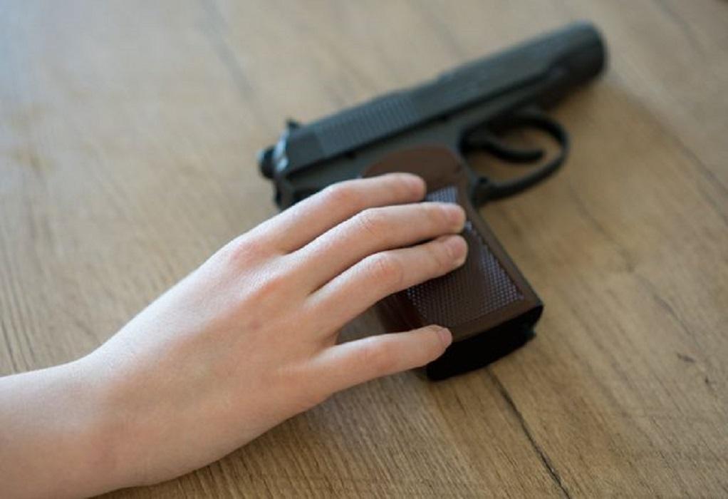 Νεκρό από σφαίρα αγοράκι 3 ετών στα γενέθλιά του