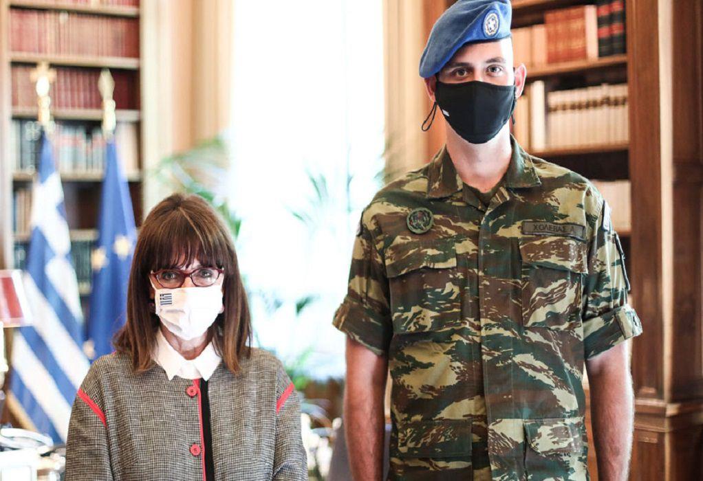 Σακελλαροπούλου: Η στράτευση είναι τιμή, όχι απλώς υποχρέωση
