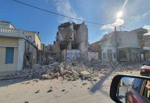 Συνεχίζονται οι αυτοψίες των κτιρίων στη Σάμο