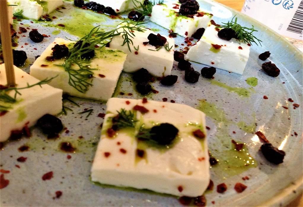 Έρευνα για τη νοθευμένη ελληνική φέτα στη Γερμανία