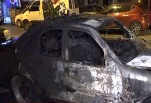 Αττική: Μπαράζ εμπρηστικών επιθέσεων σε οχήματα