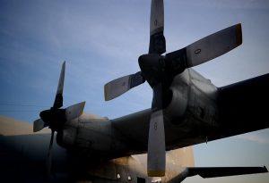 Σάμος: Στην Αθήνα με C-130 14χρονος και μια γυναίκα με τραύματα στο κεφάλι