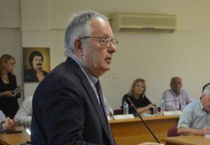 Αλεβιζάτος: Κανένα δικαστήριο δεν έχει κηρύξει τη διάταξη για τις συναθροίσεις αντισυνταγματική