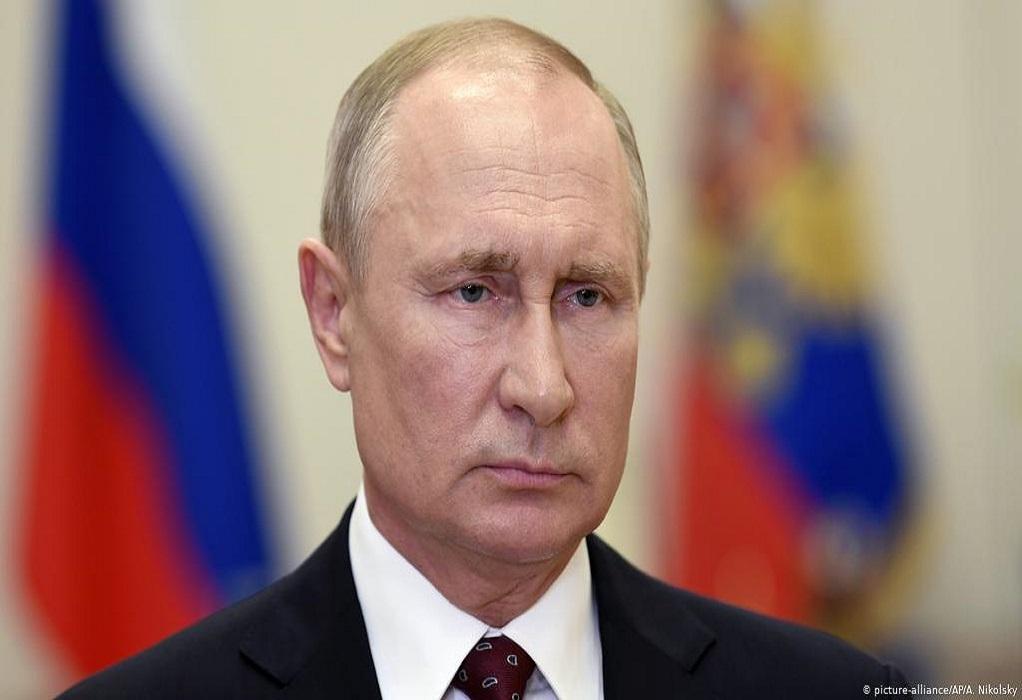 Πούτιν: Περισσότεροι από 2 εκατ. Ρώσοι έχουν εμβολιασθεί