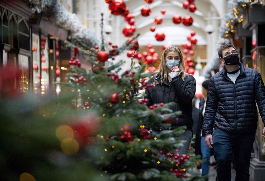 Καπραβέλος: Κίνδυνος τα Χριστούγεννα να προκαλέσουν τρίτο κύμα