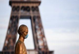 Κορωνοϊός-Γαλλία: Ετοιμάζονται επιπλέον περιορισμοί για το Παρίσι