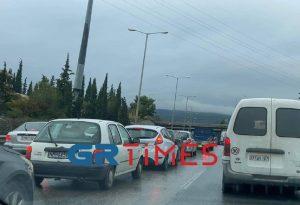 Θεσσαλονίκη: Τροχαίο ατύχημα στην Περιφερειακή (ΦΩΤΟ)