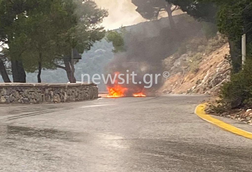 Φωτιά σε όχημα της Πολεμικής Αεροπορίας στην Πάρνηθα (VIDEO)