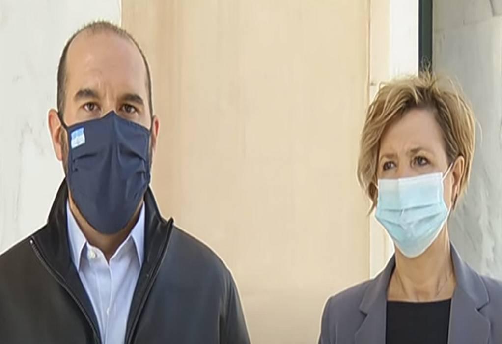 """Επίσκεψη Τζανακόπουλου και Γεροβασίλη στο νοσοκομείο """"Σωτηρία"""""""