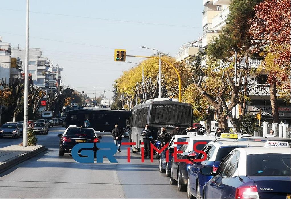 Θεσσαλονίκη: Μεγάλη κινητοποίηση οδηγών ταξί (ΦΩΤΟ-VIDEO)