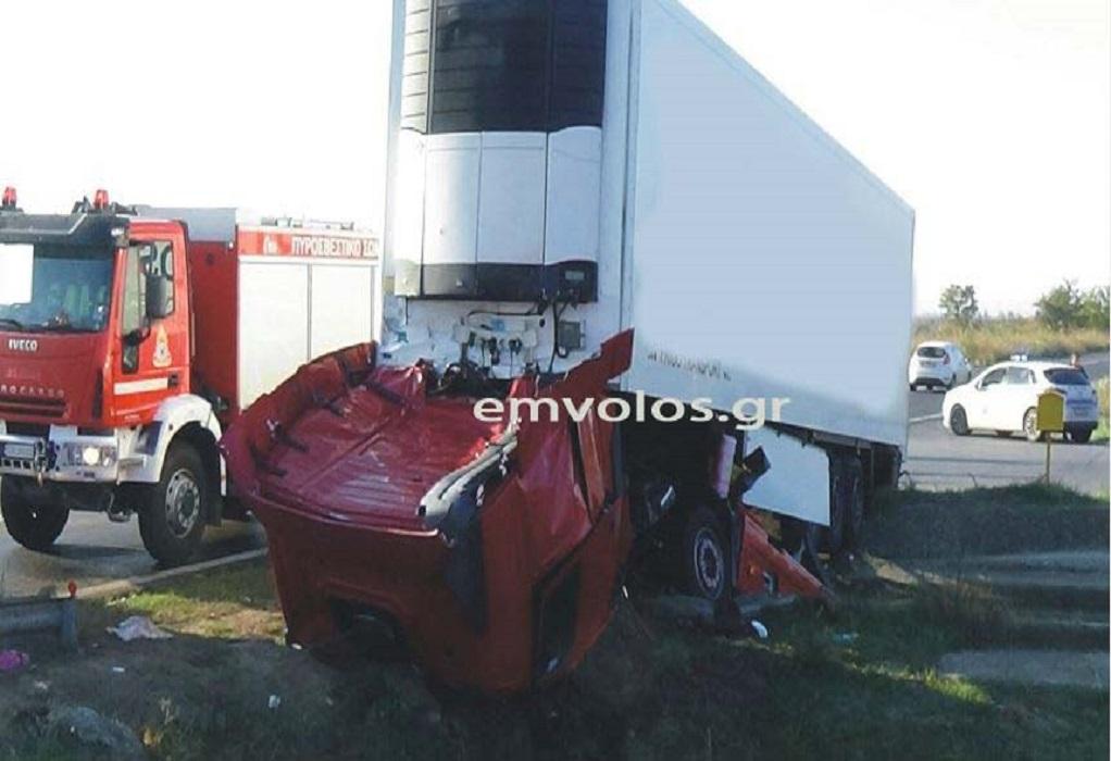 Νεκρός σε τροχαίο 54χρονος οδηγός νταλίκας στη Χαλκηδόνα (VIDEO)