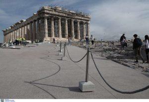 Μενδώνη: Δεν χρησιμοποιήθηκε τσιμέντο στην Ακρόπολη