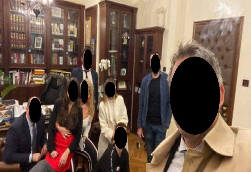 Σάλος με πάρτι γενεθλίων του προέδρου του ΔΣΑ – Τι αναφέρει ο ίδιος