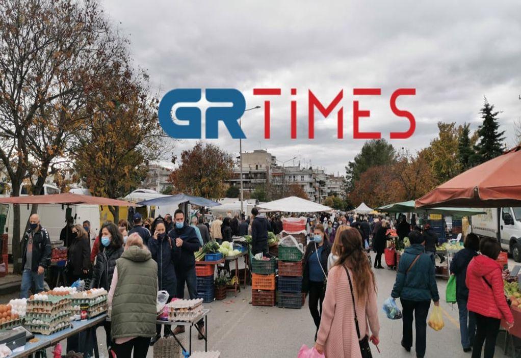 """Θεσσαλονίκη: """"Βροχή"""" τα πρόστιμα σε λαϊκές αγορές για μη χρήση μάσκας"""